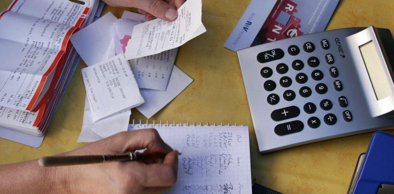 Tips Membayar Bil Bulanan